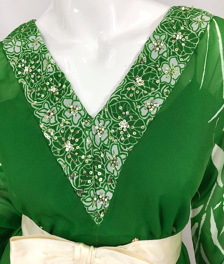 Women's 1970s Victoria Royal Kelly Green + White Abstract Floral Sequined Chiffon Gown For Sale