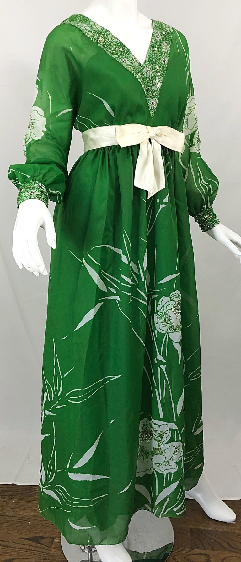 1970s Victoria Royal Kelly Green + White Abstract Floral Sequined Chiffon Gown For Sale 2
