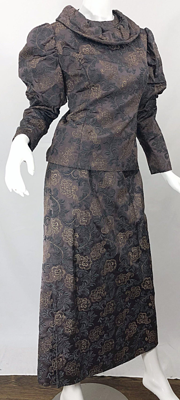 1970s Victorian Inspired Silk Brocade Taupe + Grey 70s Vintage Dress Ensemble For Sale 5