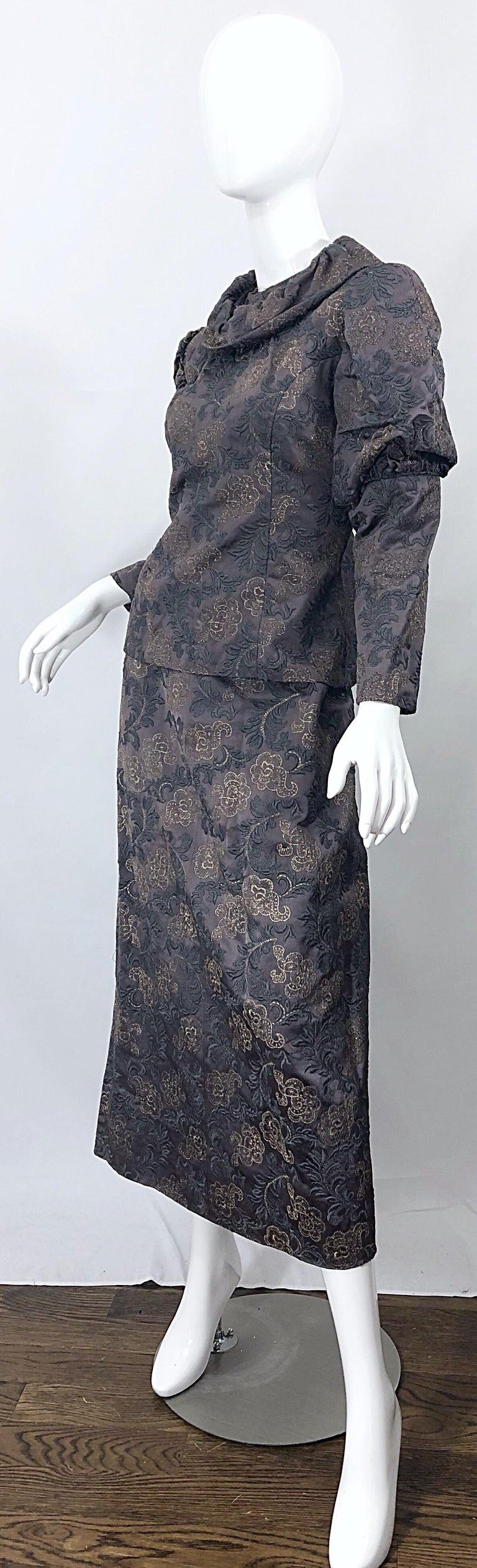 1970s Victorian Inspired Silk Brocade Taupe + Grey 70s Vintage Dress Ensemble In Excellent Condition For Sale In Chicago, IL