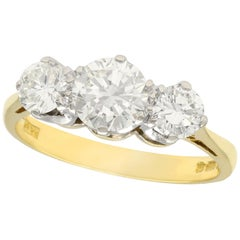 1970s Vintage 1.45 Carat Diamond and Yellow Gold Trilogy Ring