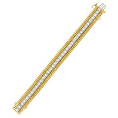 1970s Vintage 6.48 Carat Diamond 14 Karat Gold Platinum Wheat Line Bracelet