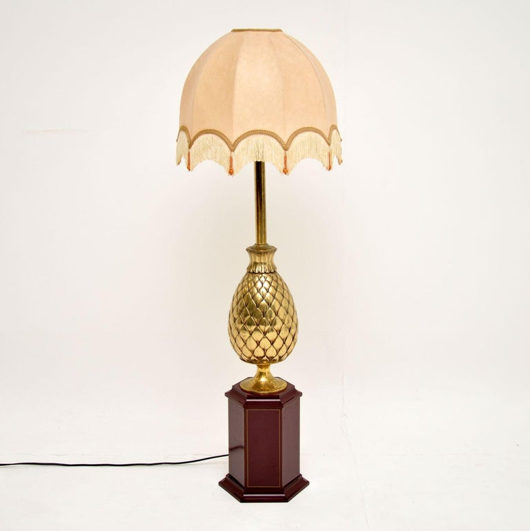 A stunning and very large vintage table lamp, this was made in France and dates from circa 1970s. It's over one-meter-tall, so could be used as a table lamp or a floor lamp.