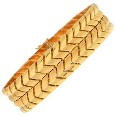 1970s Vintage Chevron Bracelet Set in 18 Karat Yellow Gold