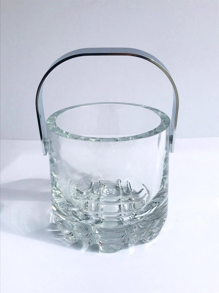 Mid-Century Modern 1970s Vintage Crystal Ice Bucket with Ice Glass Design For Sale