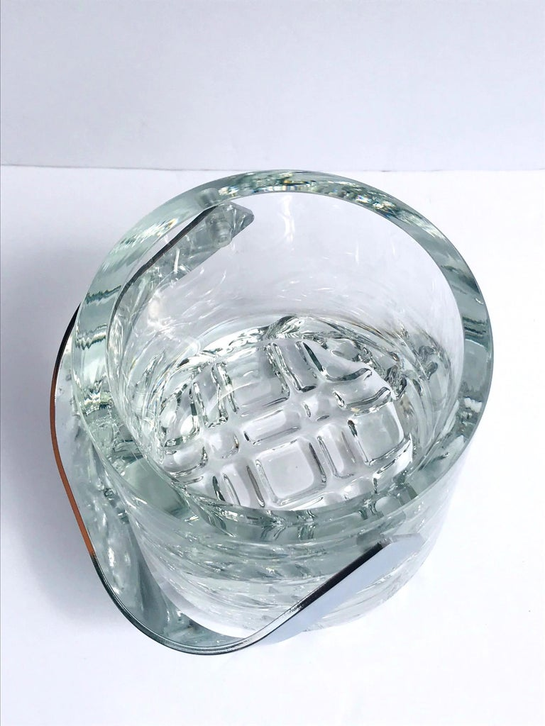 Late 20th Century 1970s Vintage Crystal Ice Bucket with Ice Glass Design For Sale