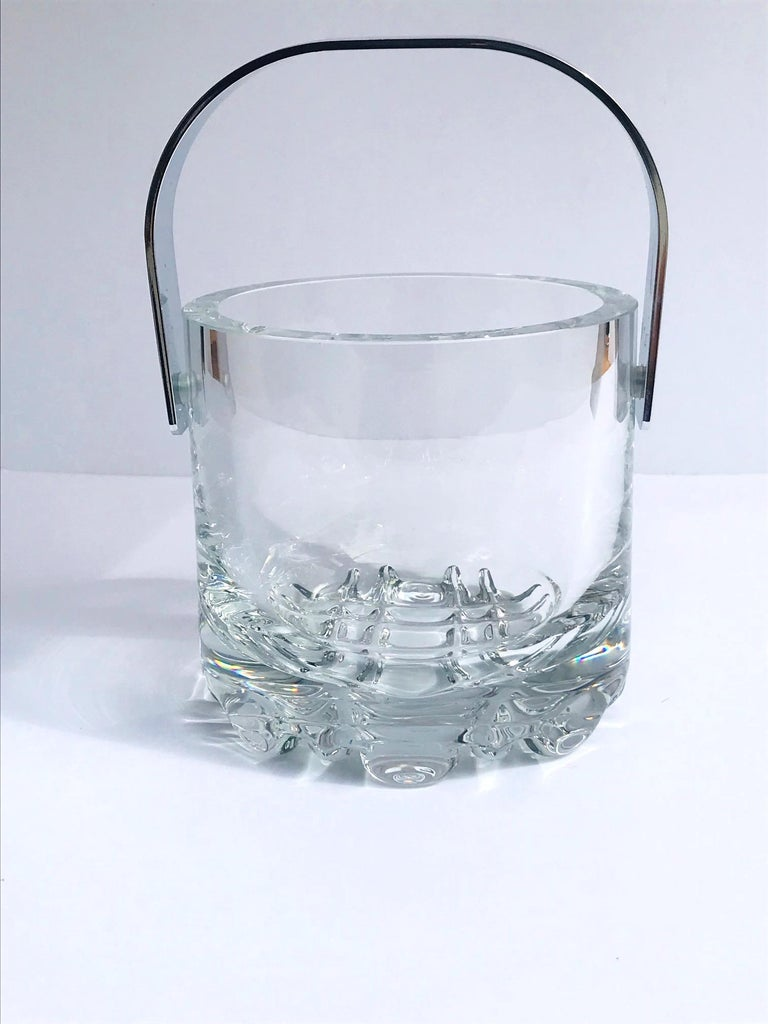 1970s Vintage Crystal Ice Bucket with Ice Glass Design For Sale 1