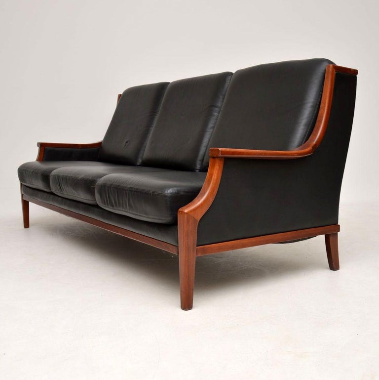 Retro Sofa For Sale Perth: 1970s Vintage Danish Leather Sofa For Sale At 1stdibs