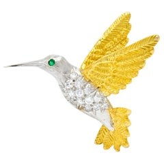 1970s Vintage Diamond Emerald 18 Karat Two-Tone Gold Hummingbird Brooch