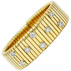 1970s Vintage Italian 1.45 Carat Diamond 18 Karat Gold Tubogas Cuff Bracelet