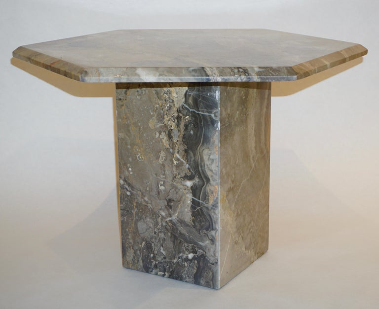 Vintage Italian 3 Geometric White Gray and Red Vein Marble Nesting Tables 1970s  For Sale 2