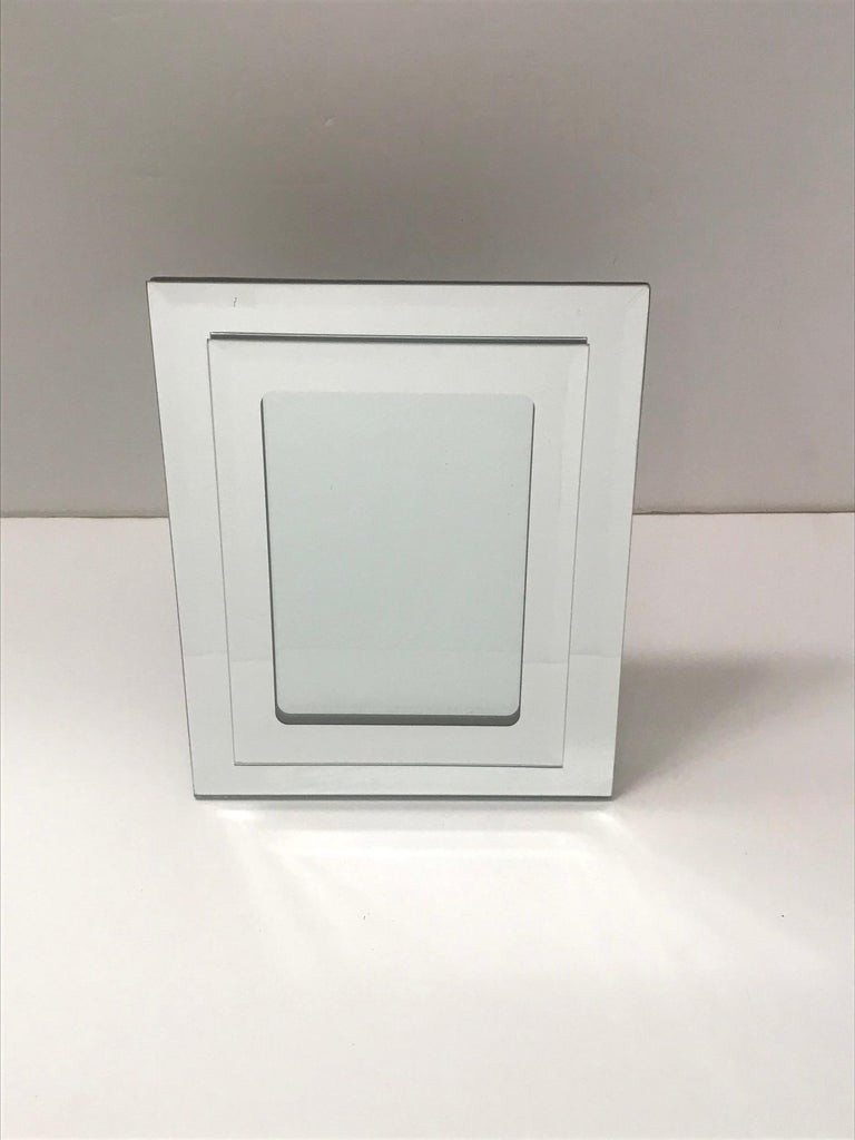 1970s Vintage Mirrored Picture Frame For Sale 3