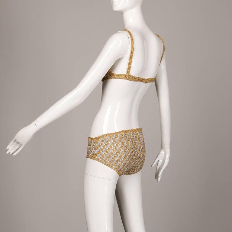 1970s Vintage Moggie Metallic Gold + Silver Crochet Bikini 2-Piece Swimsuit For Sale 1