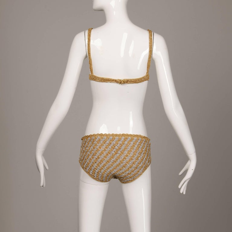 1970s Vintage Moggie Metallic Gold + Silver Crochet Bikini 2-Piece Swimsuit For Sale 3