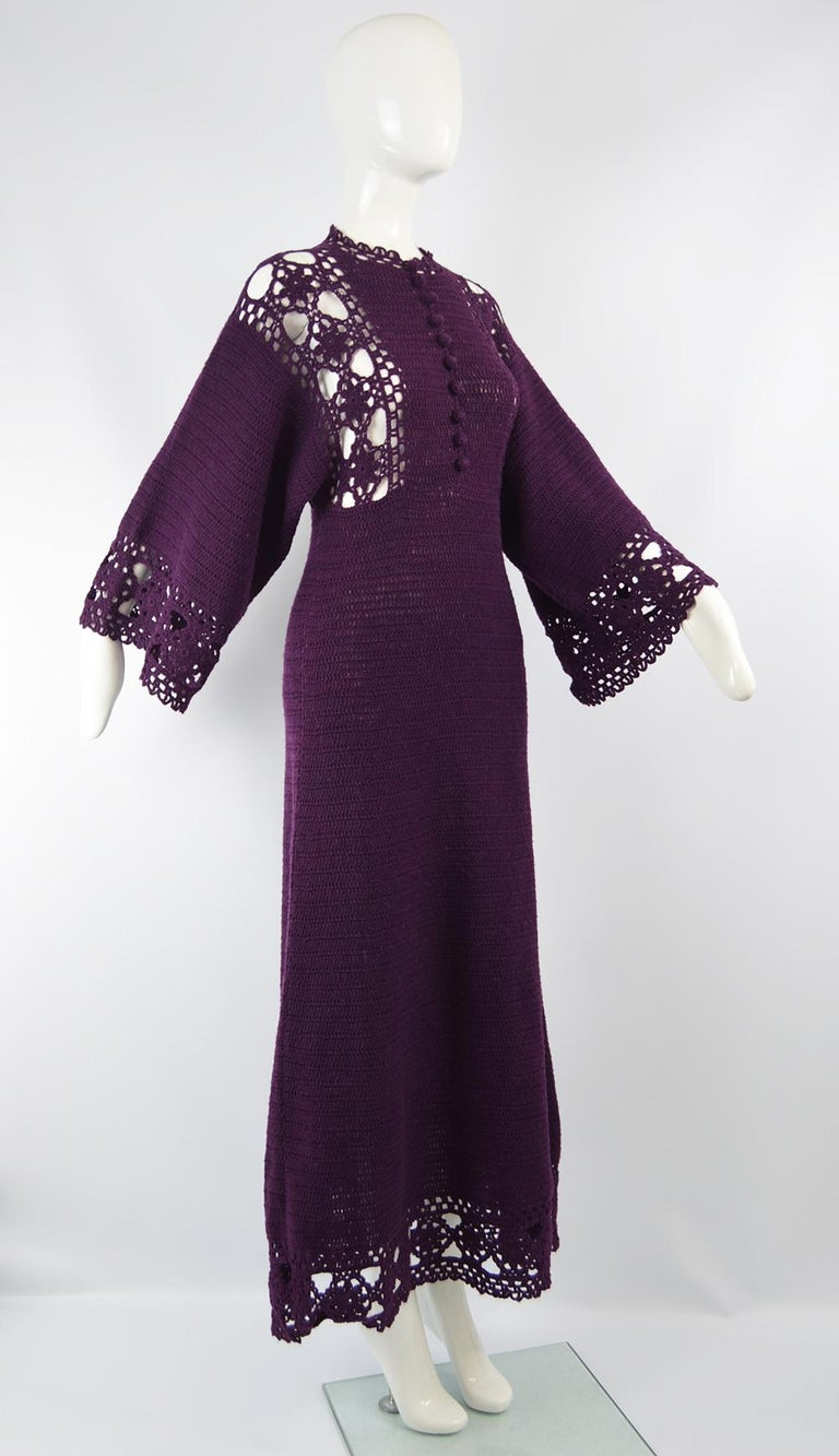 1970s Vintage Purple Hand Crochet Kimono Sleeve Maxi Dress In Excellent Condition For Sale In Doncaster, South Yorkshire