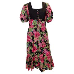 1970s Vintage Susie G Floral Cotton Dress