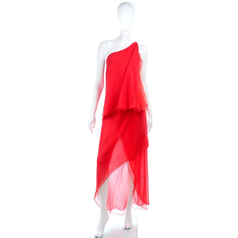 1970s Vintage Victor Costa Tomato Red Chiffon One Shoulder Evening Dress For Sale 2