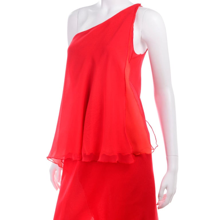 1970s Vintage Victor Costa Tomato Red Chiffon One Shoulder Evening Dress For Sale 3