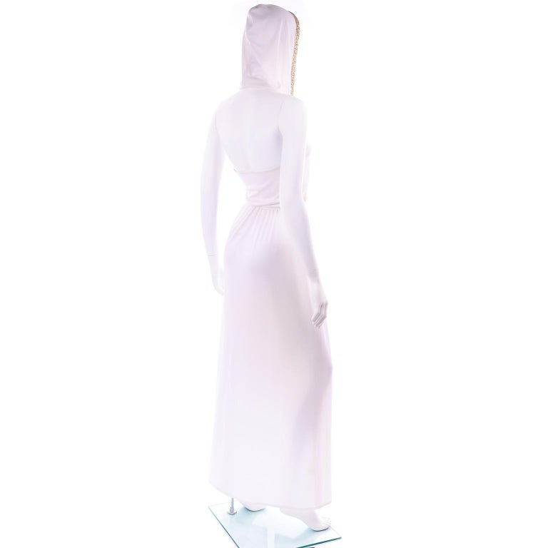 1970s Vintage White Hooded Maxi Dress With Gold Beads & Rhinestones In Excellent Condition For Sale In Portland, OR