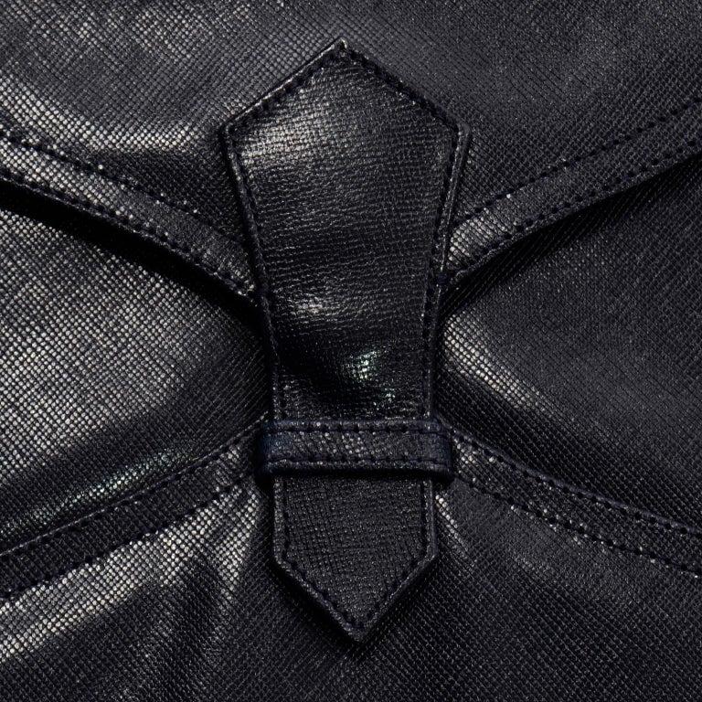 1970s Vintage Yves Saint Laurent Navy Blue Leather YSL Shoulder Bag  For Sale 3