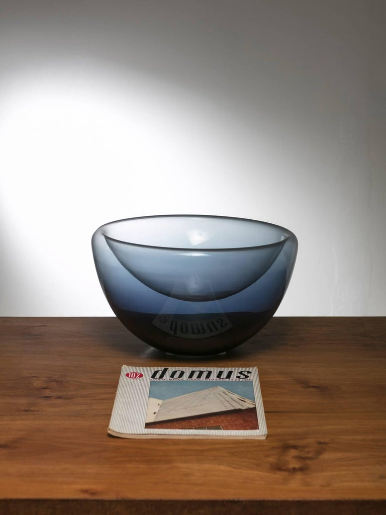 Remarkable Murano glass bowl manufactured by Vistosi.