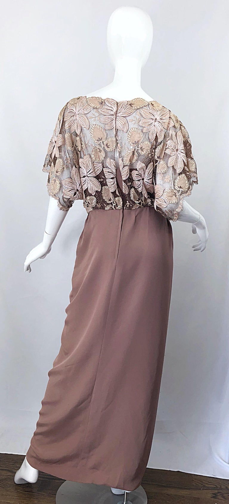 1970s Werle of Beverly Hills Demi Couture Taupe Lace Crochet Vintage 70s Gown In Good Condition For Sale In Chicago, IL