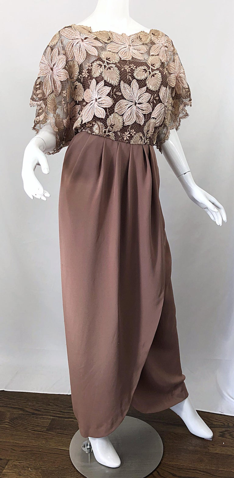 1970s Werle of Beverly Hills Demi Couture Taupe Lace Crochet Vintage 70s Gown For Sale 2