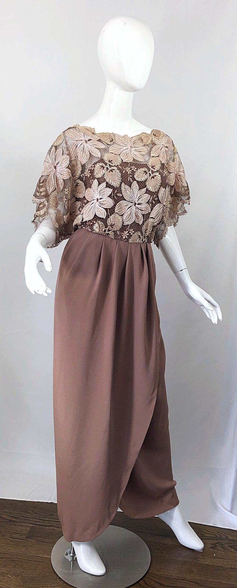 1970s Werle of Beverly Hills Demi Couture Taupe Lace Crochet Vintage 70s Gown For Sale 3