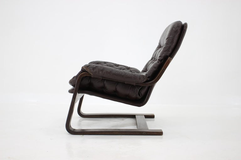 Mid-Century Modern 1970s Westnofa Bentwood Leather Armchair, Norway For Sale