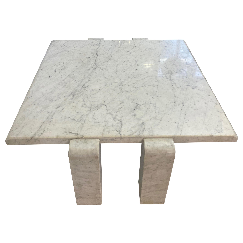 1970s White Italian Coffee Table in Carrara Marble by Skipper
