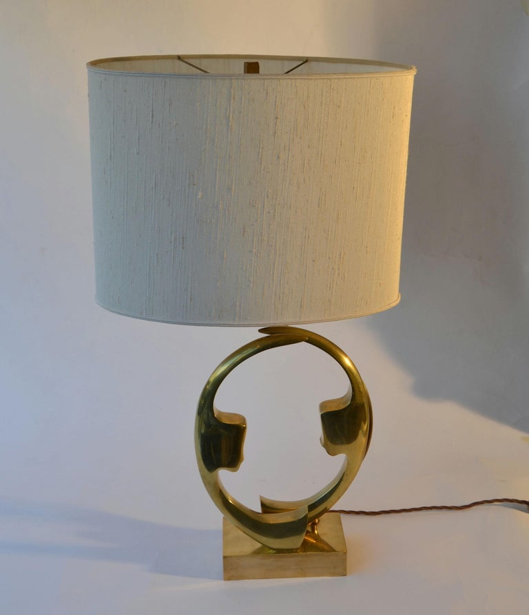 1970s Willi Daro Bronze Table Lamp with Silhouette Faces For Sale 2