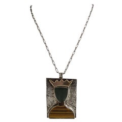 William De Lillo 1970s Queen Pendant Necklace