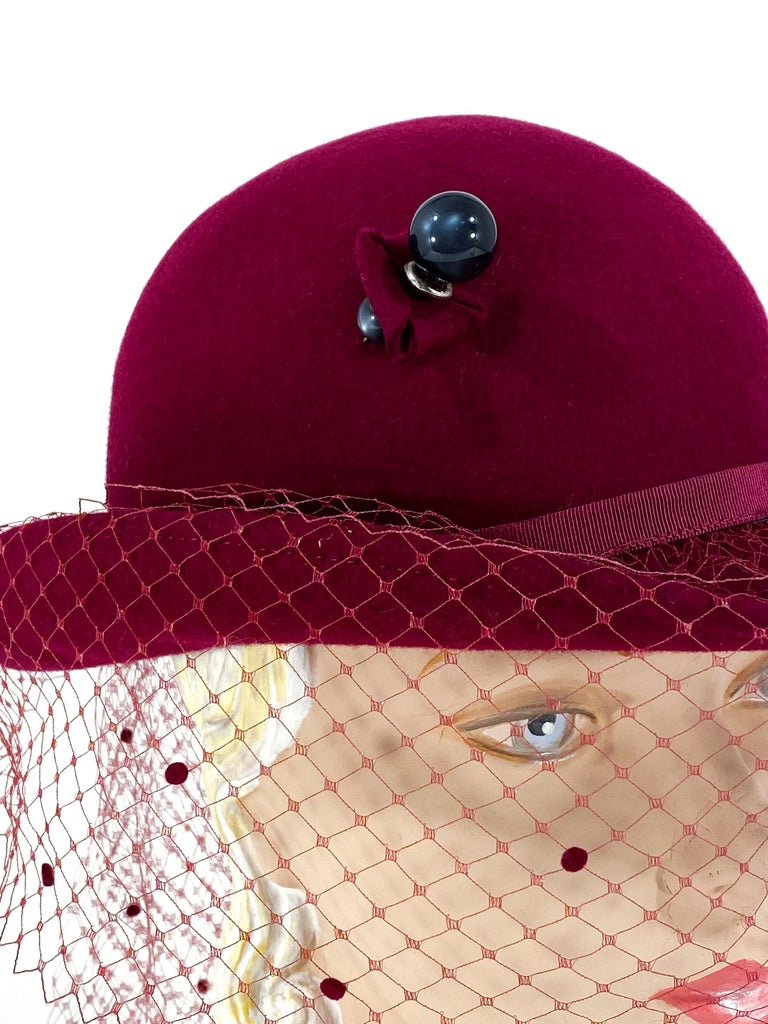 Women's 1970s Wine Felt Derby With Hatpin and Veil For Sale