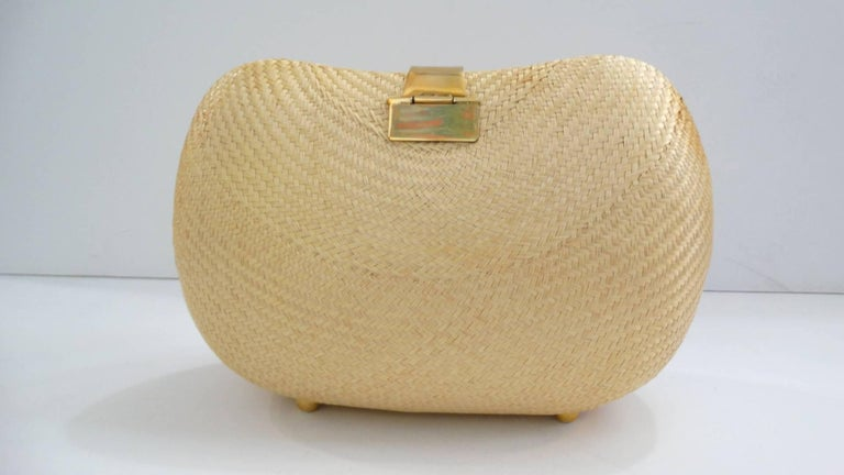 1970s Woven Rattan Bag W/ Gold Hardware In Excellent Condition For Sale In Scottsdale, AZ