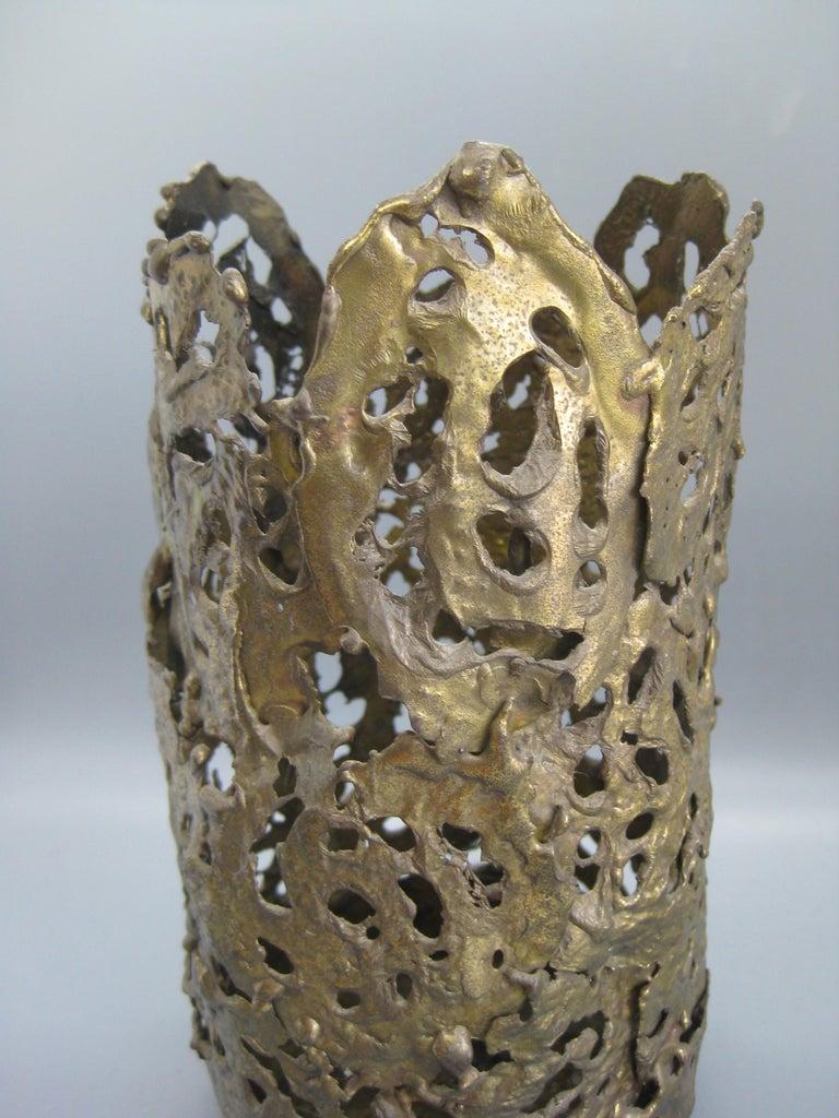 1971 Brutalist Torch-Cut Brass Candleholder Vase Sculpture Artist Signed For Sale 5