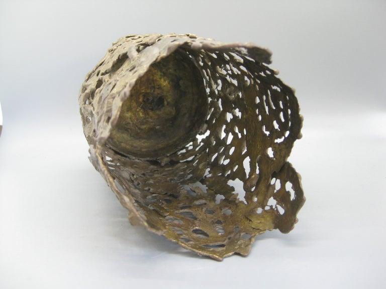 1971 Brutalist Torch-Cut Brass Candleholder Vase Sculpture Artist Signed For Sale 6