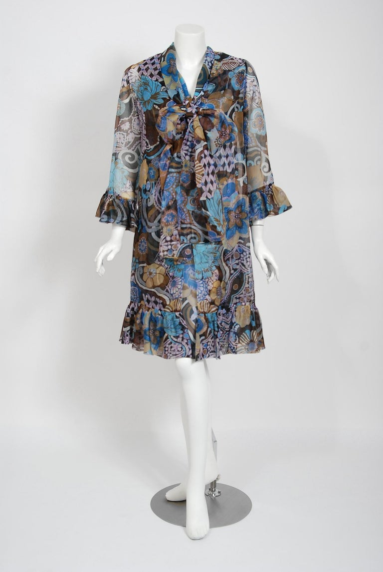 Breathtaking Pierre Balmain Paris haute couture ensemble dating back to his 1972 Spring/Summer collection. Pierre Balmain worked under Robert Pigiuet, Molyneux, and Lucian Lelong, where he worked closely with Christian Dior. In 1945 is finally