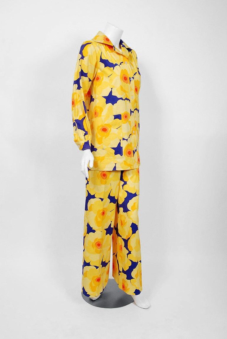 Orange Vintage 1972 Yves Saint Laurent Haute Couture Documented Bold Floral Pantsuit  For Sale