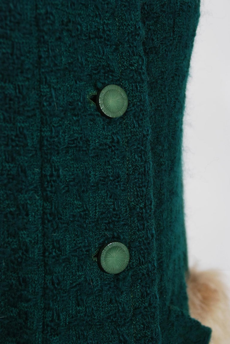 1974 Chanel Haute-Couture Forest Green Boucle Wool & Genuine Fox-Fur Jacket Coat For Sale 1