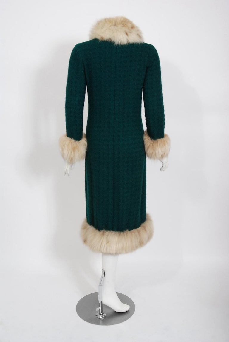 1974 Chanel Haute-Couture Forest Green Boucle Wool & Genuine Fox-Fur Jacket Coat For Sale 3