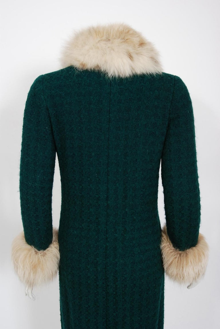 1974 Chanel Haute-Couture Forest Green Boucle Wool & Genuine Fox-Fur Jacket Coat For Sale 4
