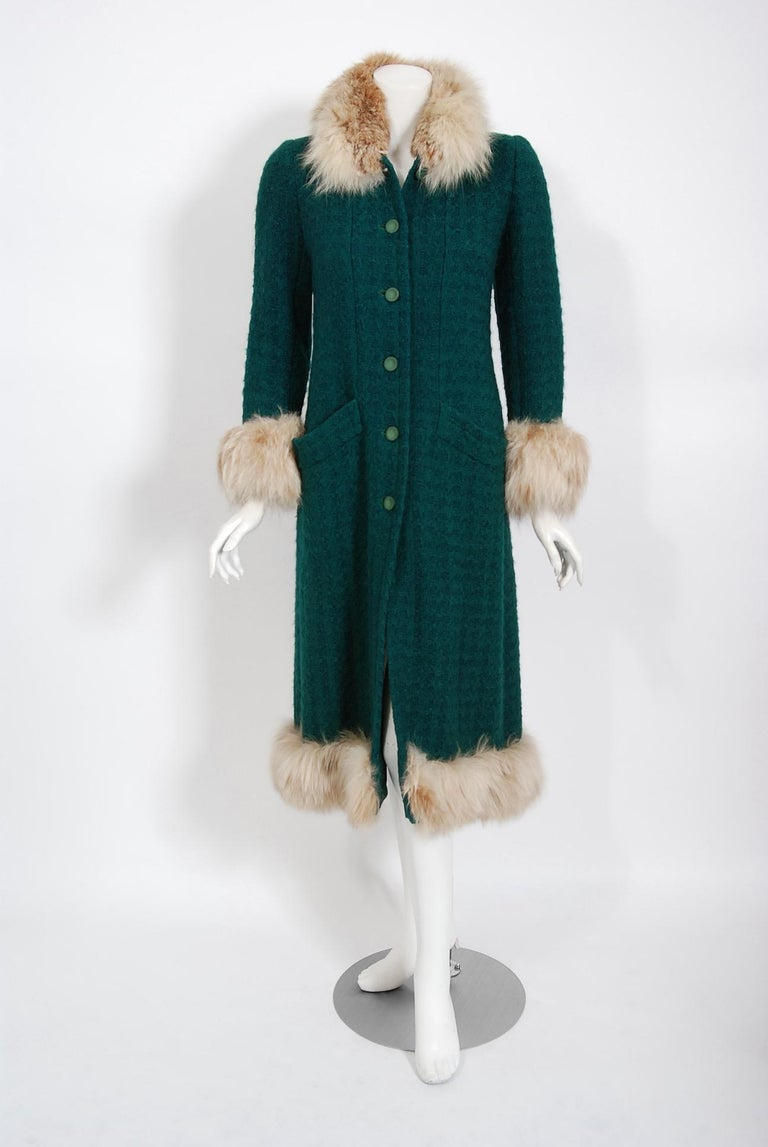 1974 Chanel Haute-Couture Forest Green Boucle Wool & Genuine Fox-Fur Jacket Coat For Sale 5