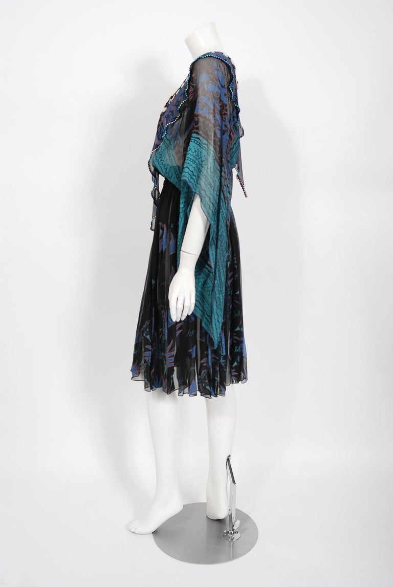 Vintage 1974 Zandra Rhodes Field Of Lilies Hand-Painted Silk Angel Sleeve Dress For Sale 3