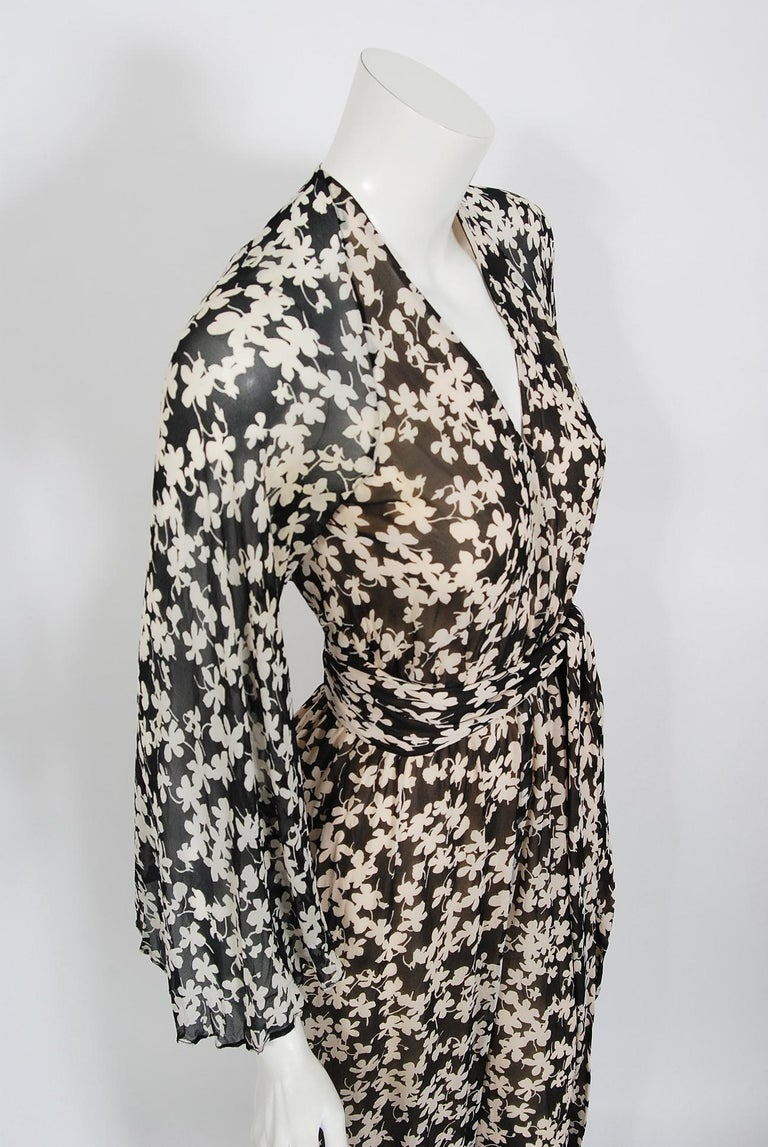 1975 Halston Couture Black & Ivory Clover Print Silk Bell-Sleeve Belted Jumpsuit For Sale 1