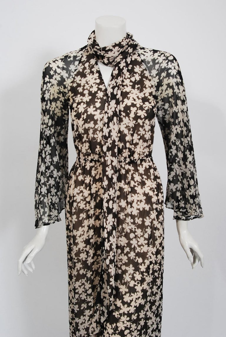 1975 Halston Couture Black & Ivory Clover Print Silk Bell-Sleeve Belted Jumpsuit For Sale 2