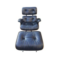 1975 Herman Miller Eames Lounge Chair and Ottoman