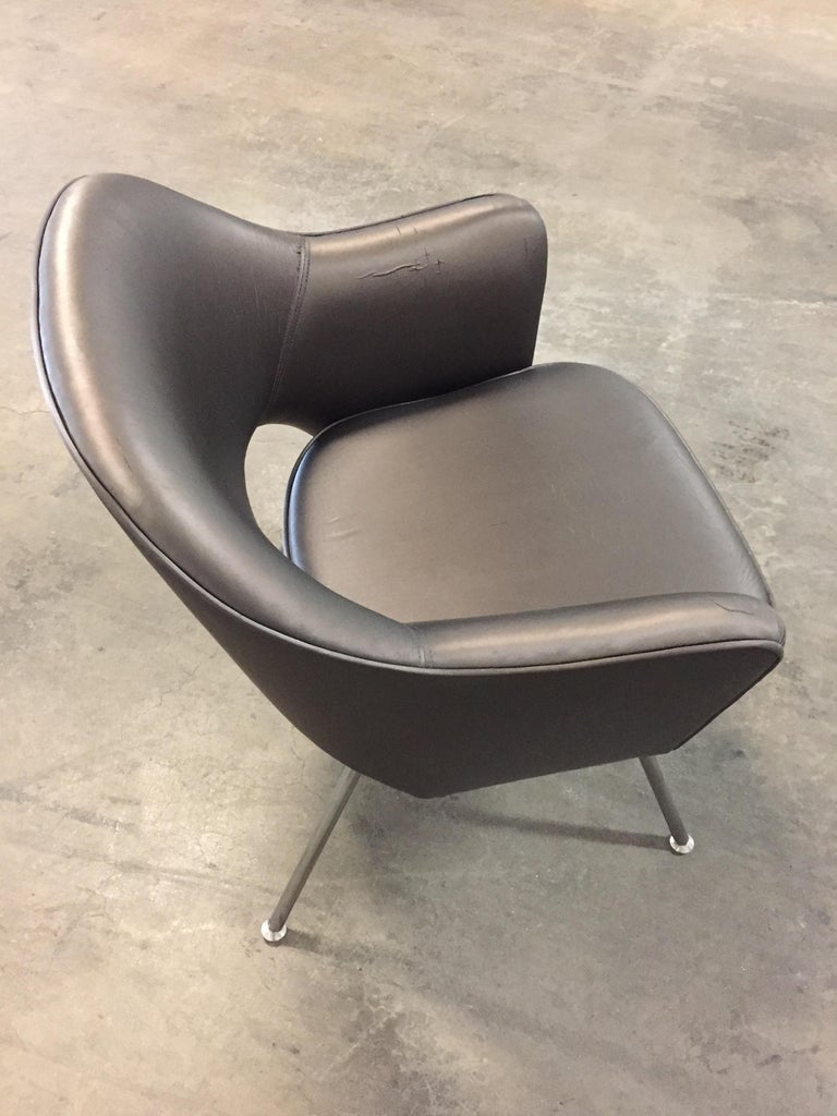 1975 Knoll Saarinen Executive Dining or Office Chairs/ Set of 6 In Distressed Condition For Sale In Chicago, IL