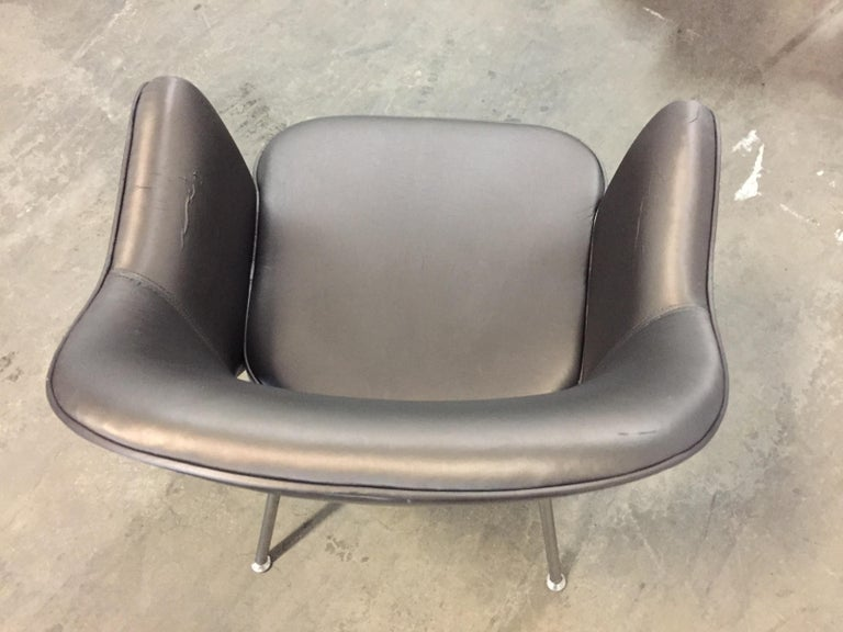 Upholstery 1975 Knoll Saarinen Executive Dining or Office Chairs/ Set of 6 For Sale