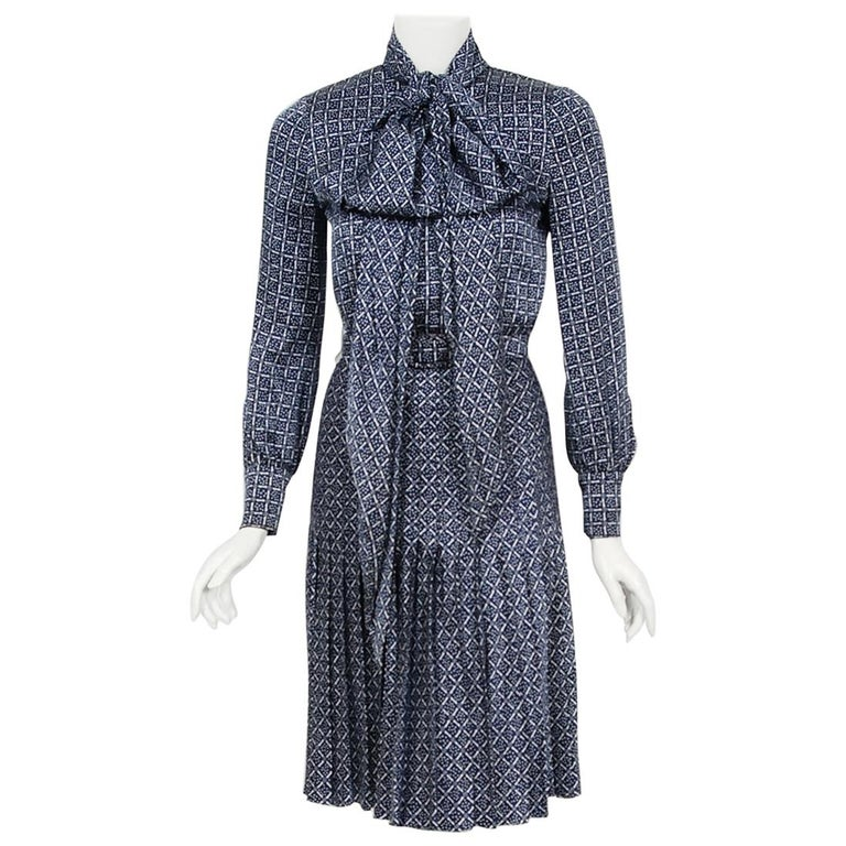 1975 Valentino Couture Navy & White Print Silk Ascot-Bow Belted Pleated Dress For Sale
