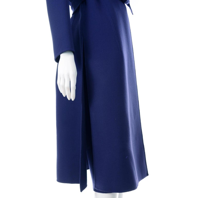 1976 Vintage Geoffrey Beene Royal Blue Wool Coat and Skirt Suit For Sale 6